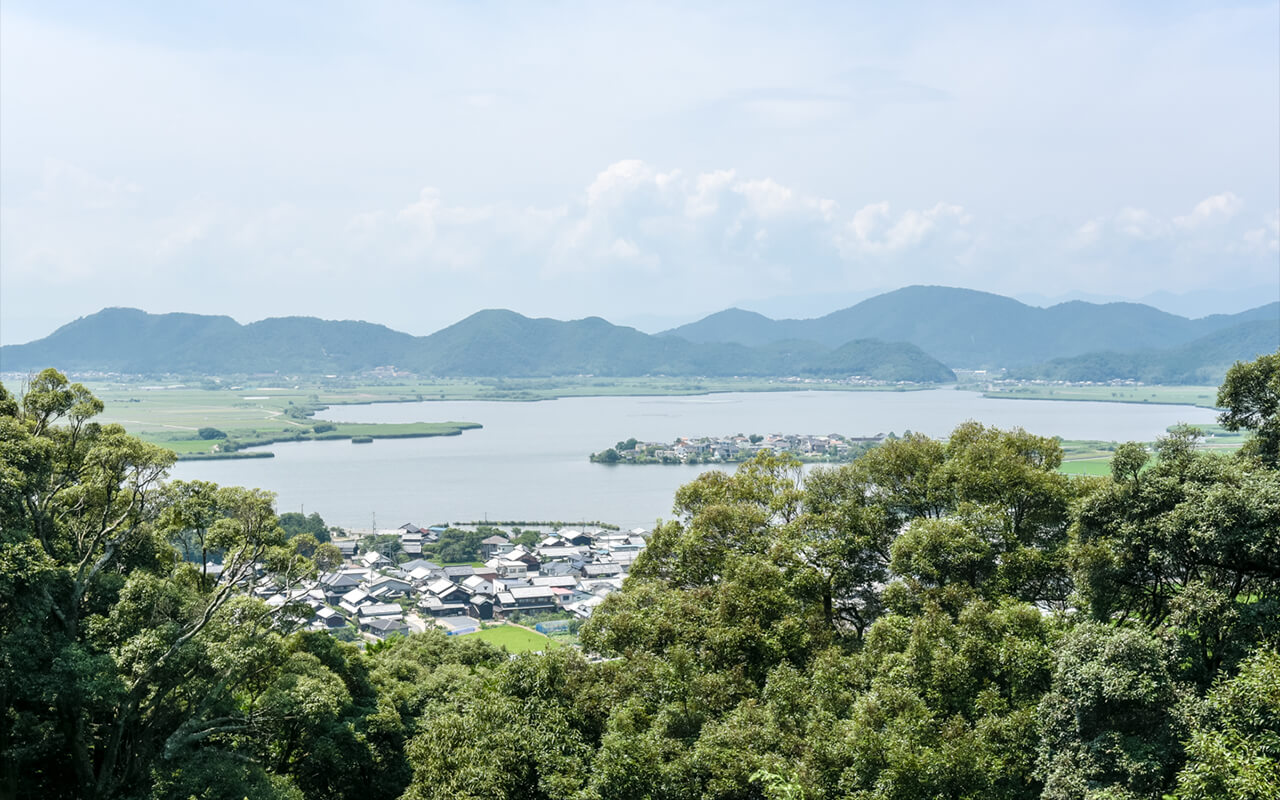 可窺見琵琶湖內湖:西之湖景色